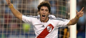 Higuaín River Plate